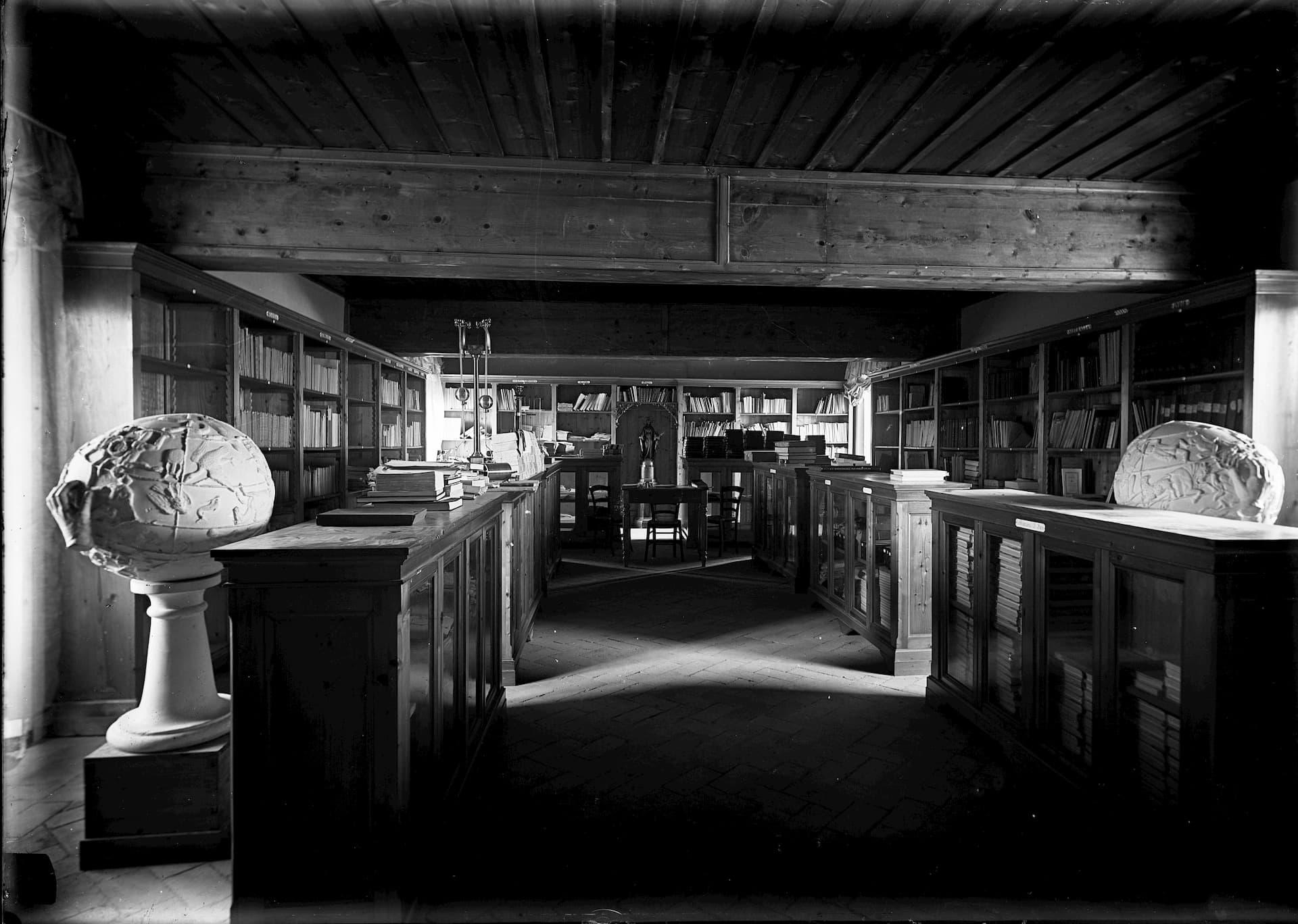 Vatican Observatory Library, circa 1900