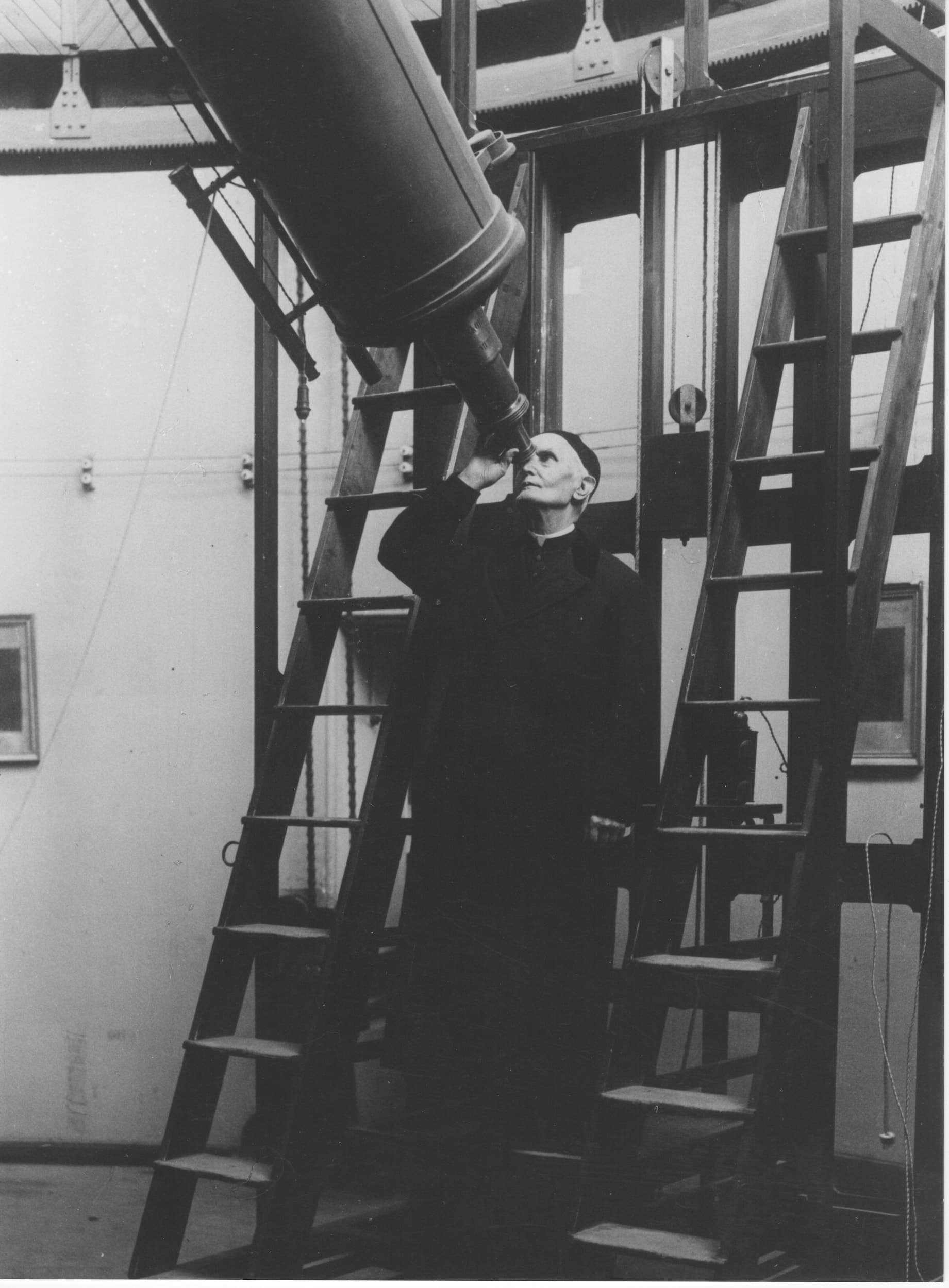 Hagen at the 1909 Merz telescope