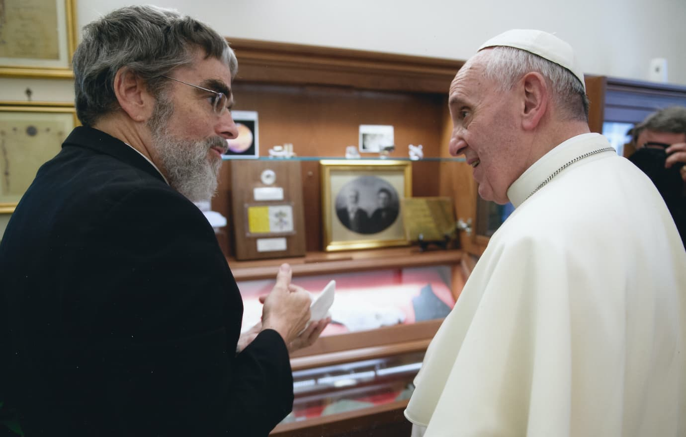 Br. Guy Consolmagno meeting Pope Francis.