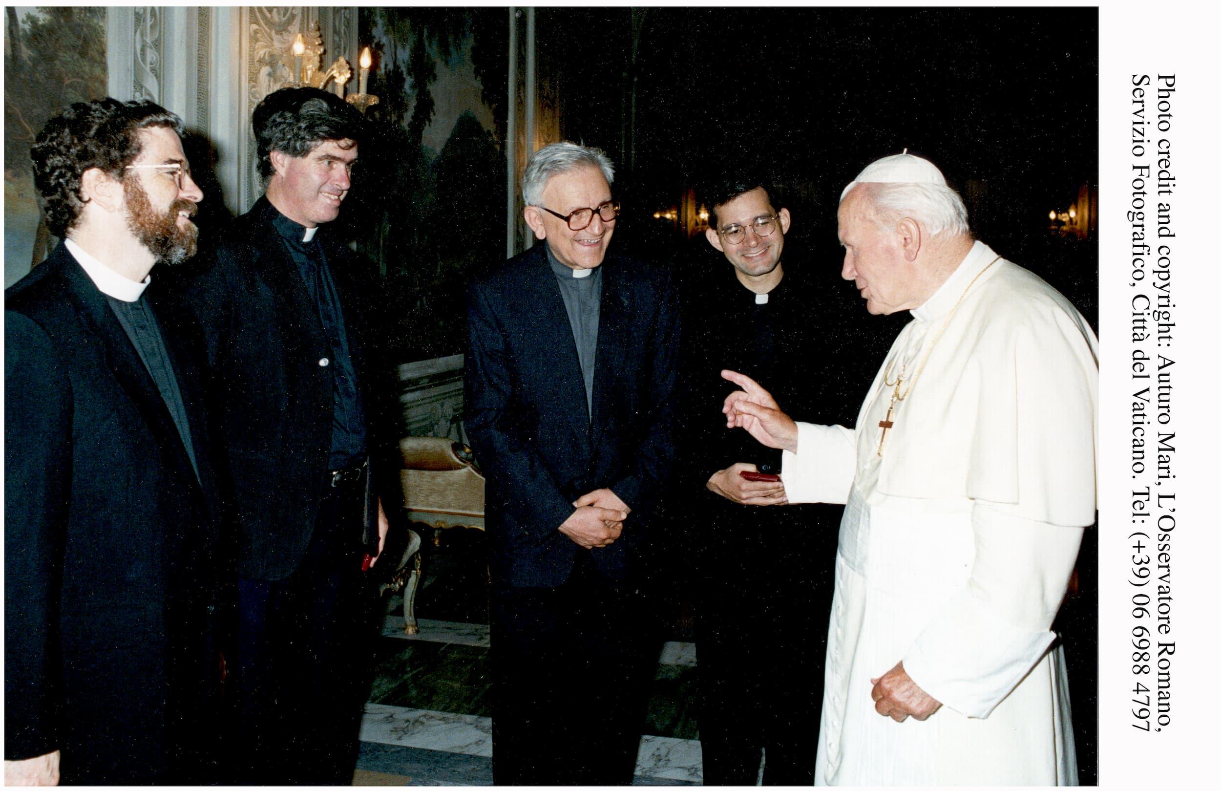 Pope John Paul II with Vatican Observatory Team