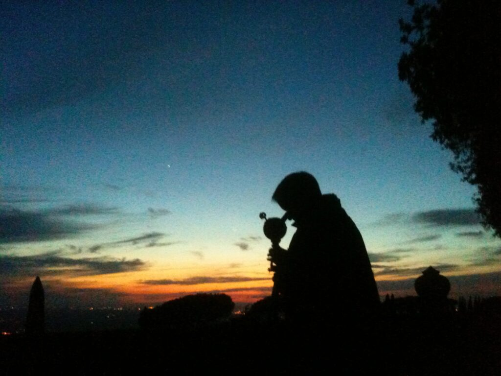 Turn Left at Orion co-author Dan Davis observing Venus during sunset with my C-90 telescope