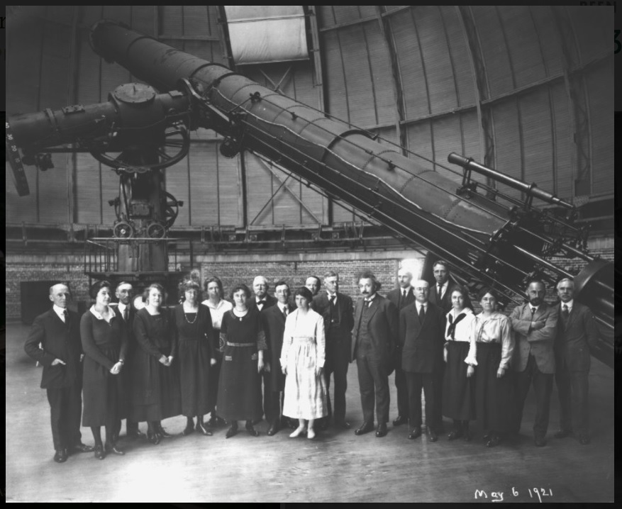 Albert Einstein and the staff of Yerkes observatory in front of the 40-inch in 1921. The floor is raised here—note how short the pier that the telescope sits on appears to be.