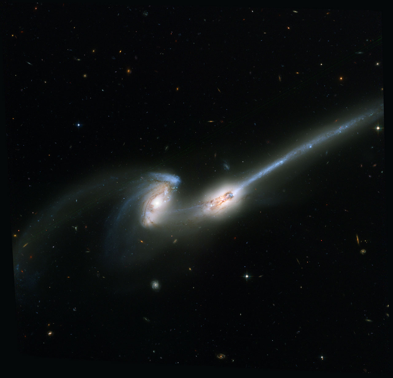 The Mice - colliding galaxies
